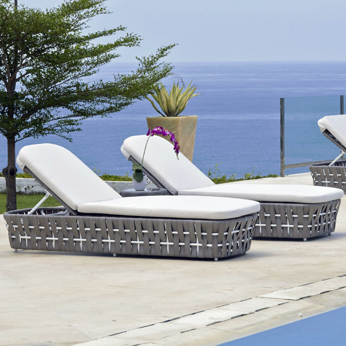 Strips Chaise Lounger 6 - STFF