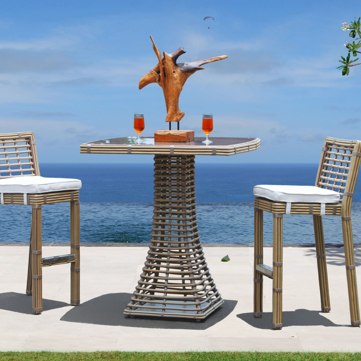 Topaz Bar Table with Barstools - sq KMNP
