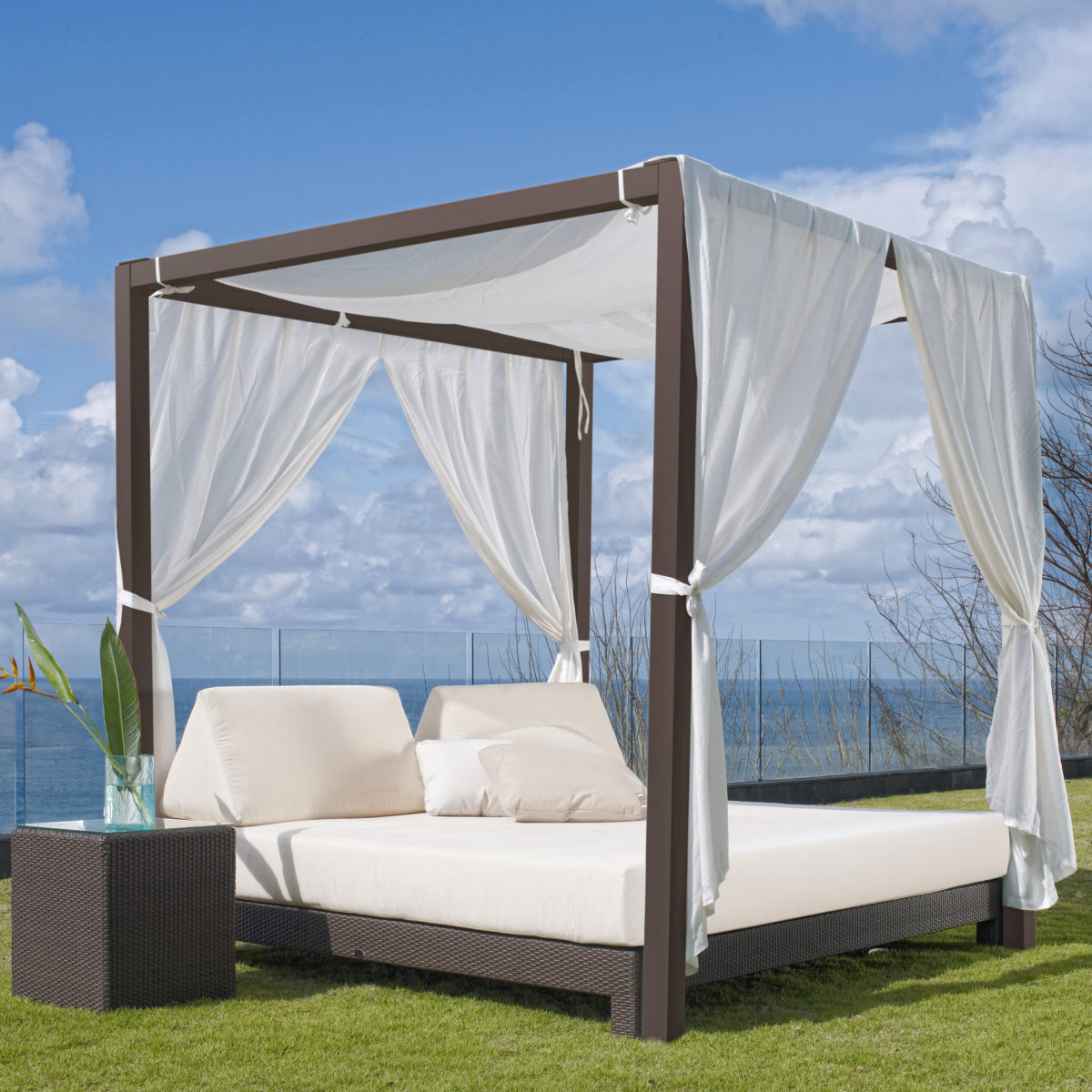 Sparta black skyline design for Outdoor pool bed