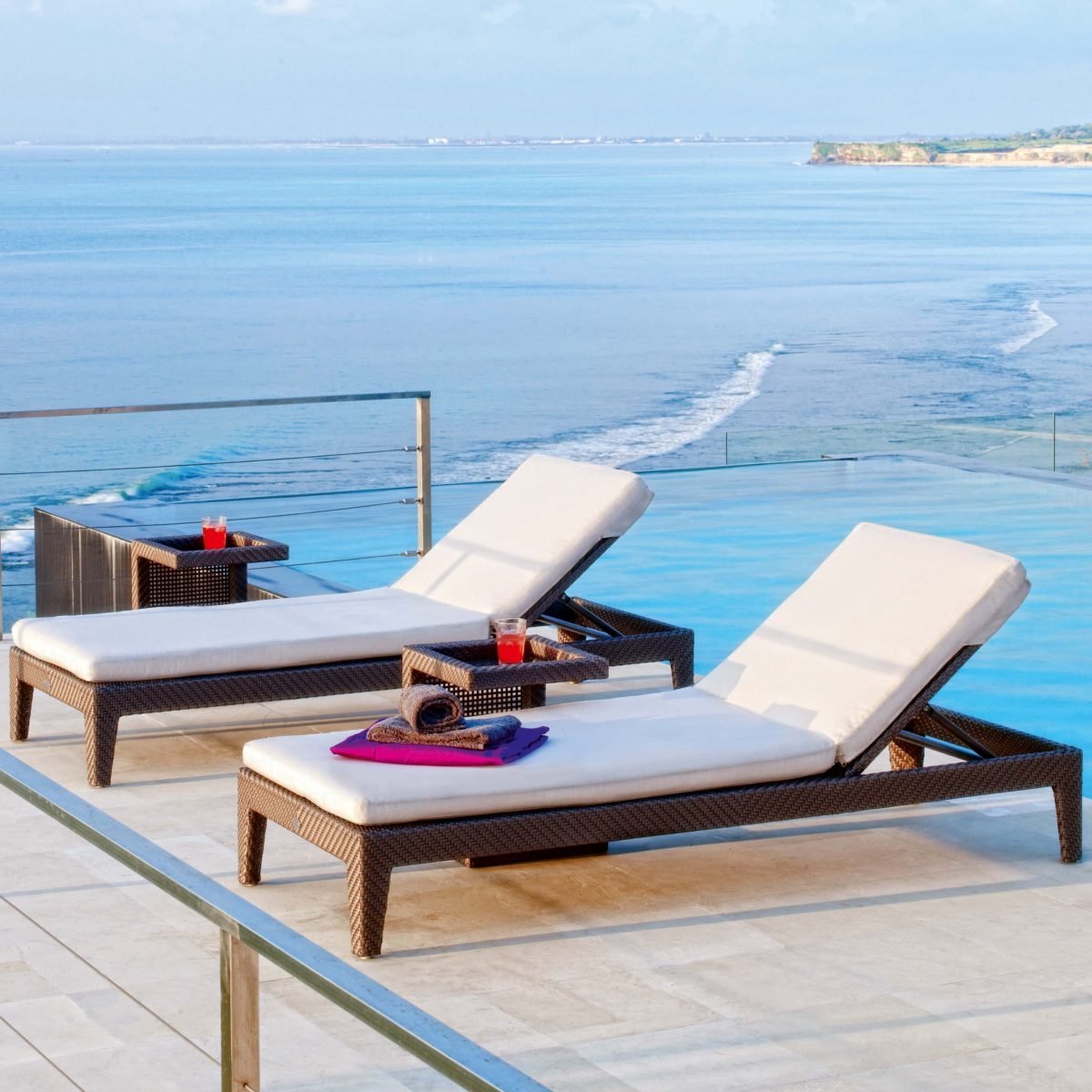 Madison Chaise Lounger