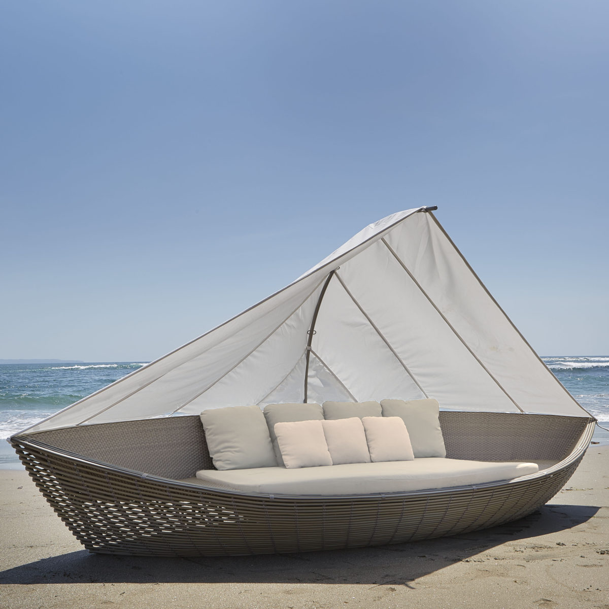 Sailboat Daybed